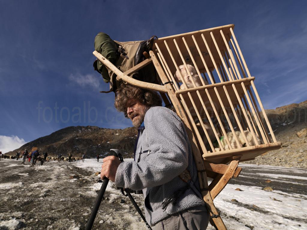 Transumanza 454 tra rif Martin Busch e rif Similaun R Messner