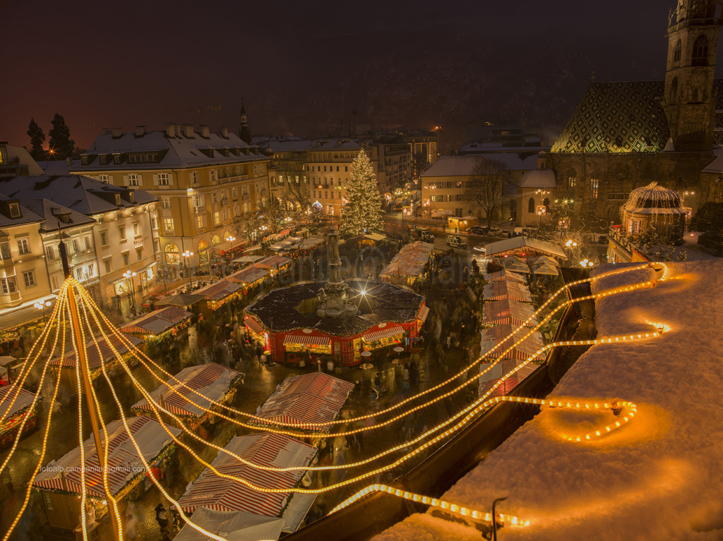 Bolzano 132M Mercatino di Natale in Piazza Walther
