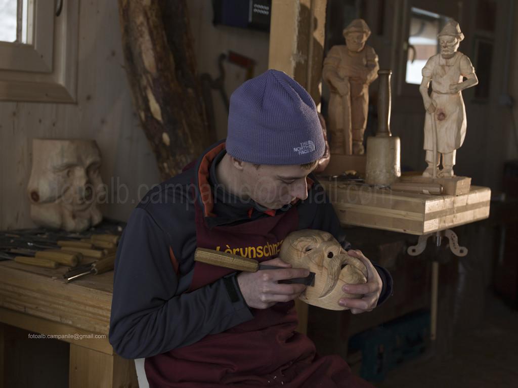 Sappada 556 Cima Sappada scultore Mauel Graz Cesco
