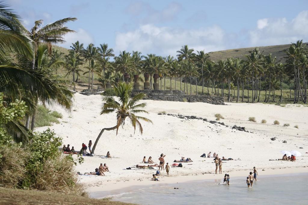 isla-de-pascua-anakena-playa