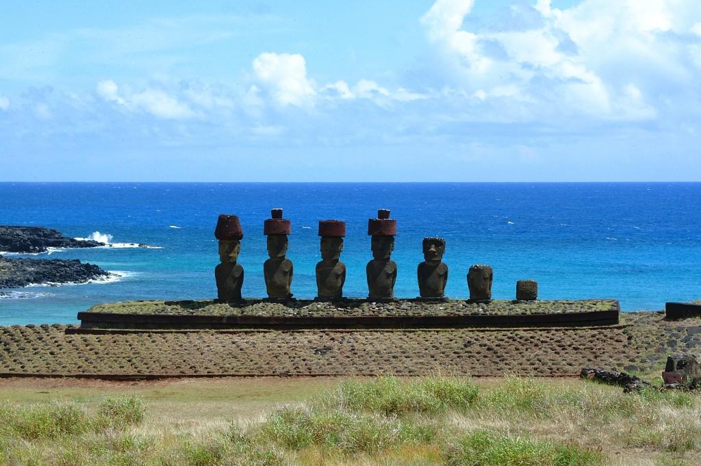 isla-de-pascua-moai-1