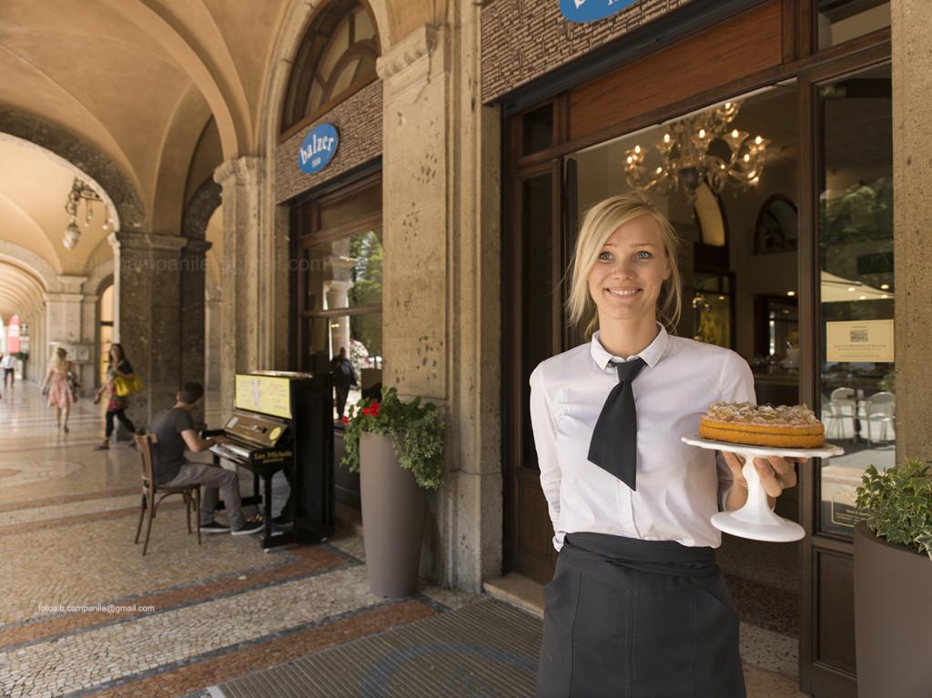 Donizetti cake, Balzer Pastry shop, Bergamo, Lombardy, Italy, Italia; Europe