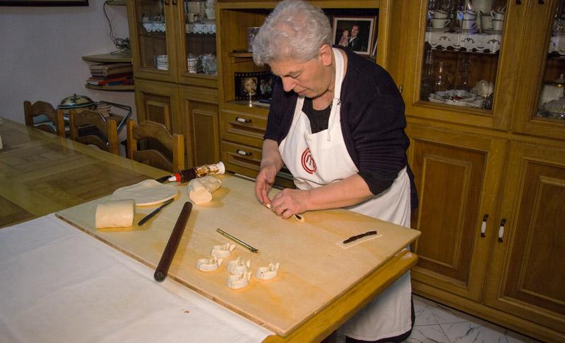 zia_angela_bonorva_cucina_tradizionale