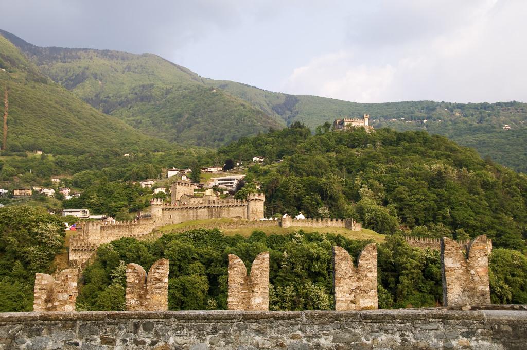 Bellinzona-Sasso-Corbaro-Castelgrande-E-Viselli