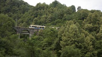 Centovalli Train near Domodossola, Piemonte,  Europe Alberto Campanile Hasselblad H3D  2015-06-29 10:28:20 Alberto Campanile f/5.6 1/750sec ISO-400 50mm