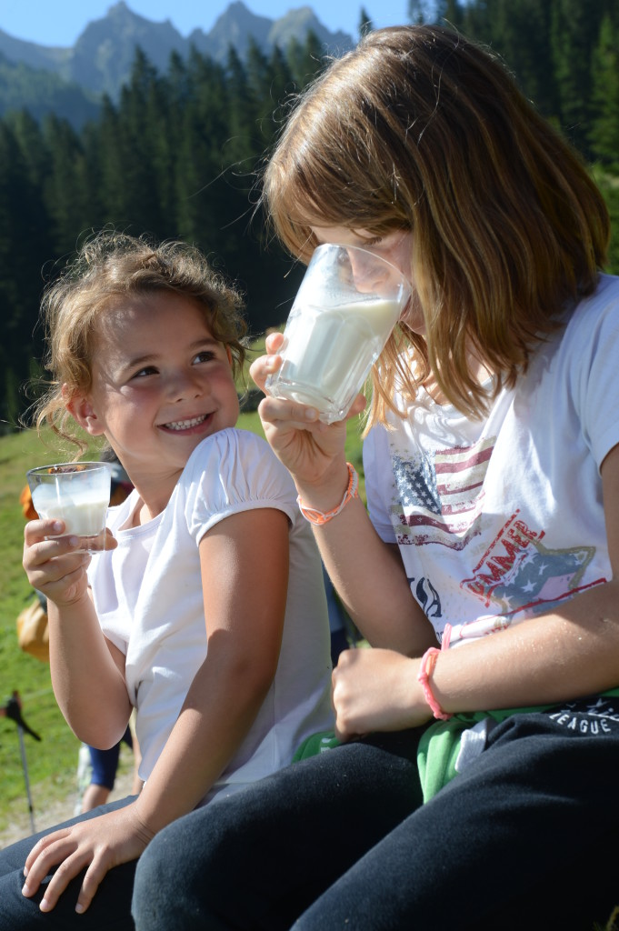 Latte in Festa Pg visitfiemme.it-foto orlerimages.com_ALE_6430