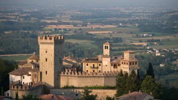 DTE-Borgo-di-Vigoleno-Credit-Leonardo-Nicolini-compressor