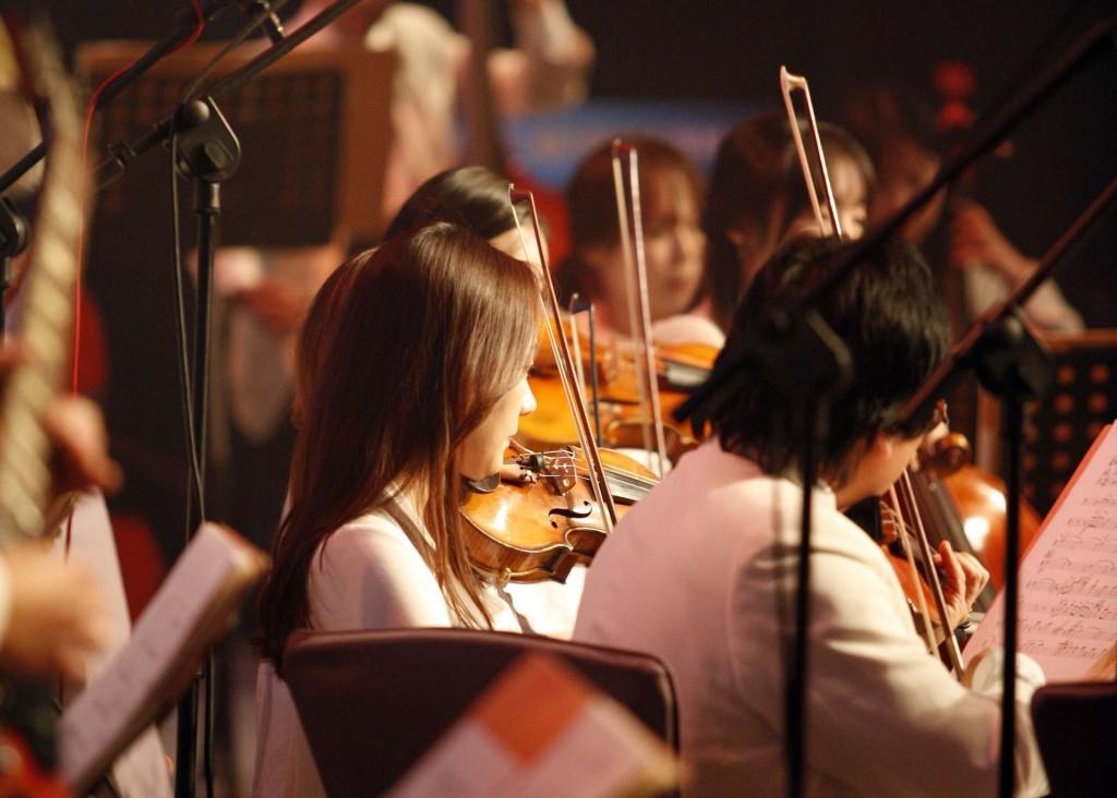 orchestra-2496505_1920-compressor