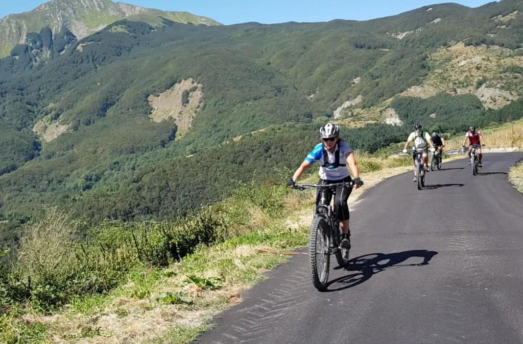 In bici sull'Appennino Reggiano, Visit EmiliaIn bici sull'Appennino Reggiano, Visit Emilia