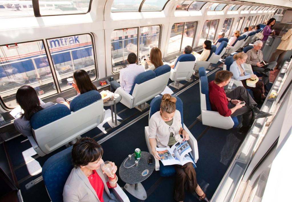 Superliner-Sightseer-Lounge-Travelers
